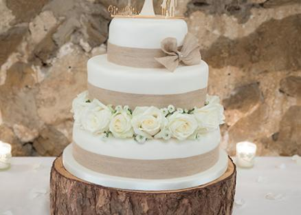 Wedding-cake-Knightshill